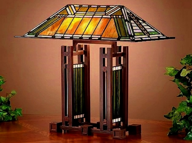 Frank Lloyd Wright inspired stained glass Tiffany style table lamp